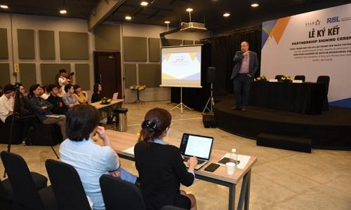 Thành lập trung tâm khảo thí Rockschool tại SAA