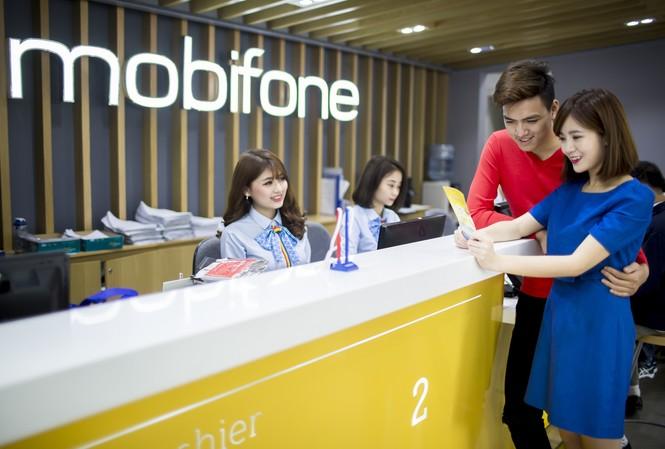 Tri ân khách hàng kim cương, bay rảnh tay cùng MobiFone