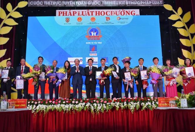 PV Gas thể hiện trách nhiệm với cộng đồng qua cuộc thi 'Pháp luật học đường'
