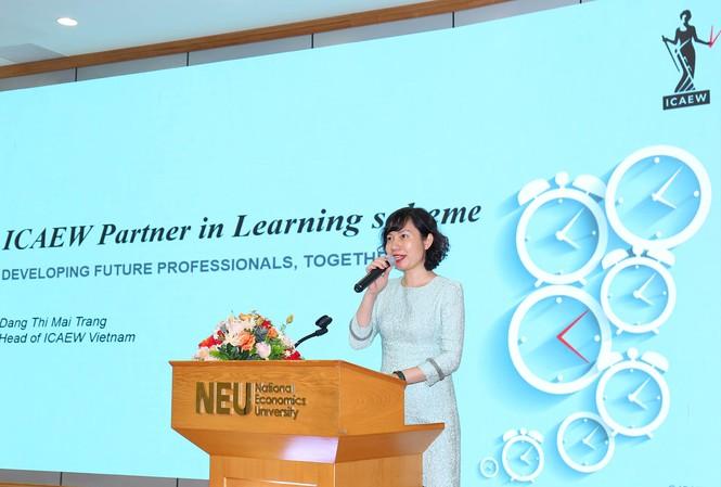 Bà Đặng Thị Mai Trang, Trưởng Đại diện ICAEW tại Việt Nam chia sẻ về chương trình hợp tác giữa ICAEW và các trường Đại học