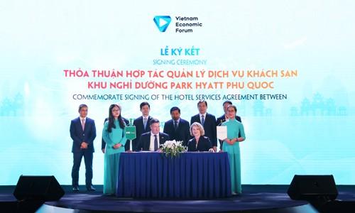 Bim Land và Hyatt ký kết thỏa thuận hợp tác ở diễn đàn cấp cao du lịch VN 2019