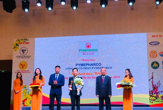 Pymepharco nhận Cúp Vàng Top 10 'Thương hiệu Việt uy tín lần thứ 15'