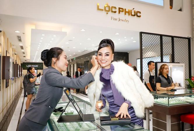 Trung tâm Kim hoàn Lộc Phúc Fine Jewelry đầu tiên tại Hà Nội