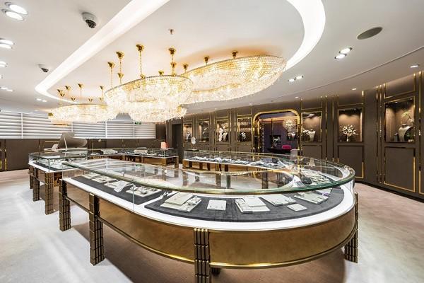 Trung tâm Vàng bạc đá quý lớn nhất Việt Nam tại tòa nhà DOJI Tower – Số 5 Lê Duẩn – Ba Đình – Hà Nội.