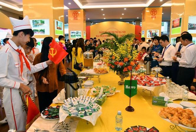 Hapro Bốn Mùa vinh dự là đơn vị phục vụ tiệc trà tại Đại hội Đại biểu Đảng bộ Thành phố Hà Nội lần thứ XVII