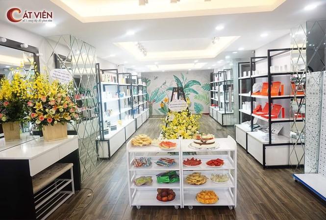 Cơ sở chính của mỹ phẩm Cát Viên, tại địa chỉ số 06, lô TT02, Hàm Nghi (Nam Từ Liêm, Hà Nội).