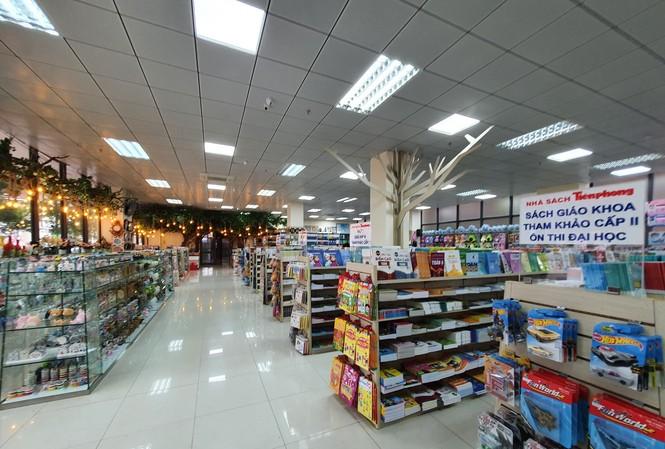Tặng 500 thẻ mua hàng, nhiều khuyến mãi dịp khai trương Nhà sách Tiền Phong 128 Xuân Thủy