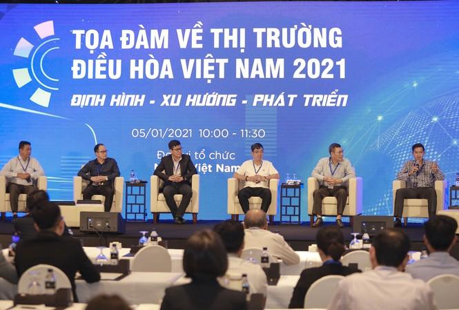 Midea tổ chức Tọa đàm về thị trường điều hòa năm 2021