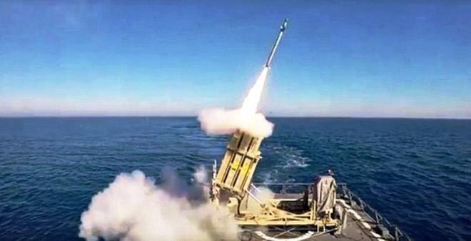 Ukraine đóng cửa không phận trên Biển Đen để thử tên lửa. Ảnh minh họa