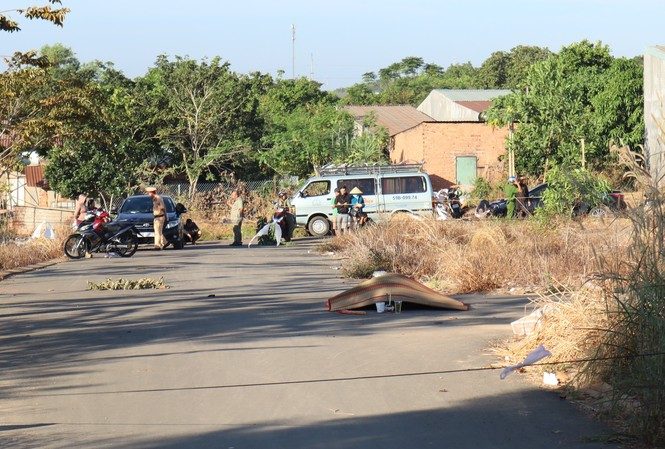 Người đàn ông tử vong do bị cháy ngay ngã 3 đường trong khu dân cư