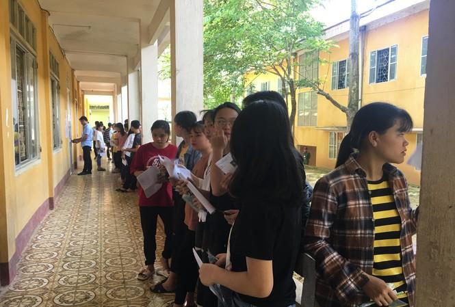 Thí sinh tại điểm thi THPT Nà Giàng, Hà Quảng, Cao Bằng. Ảnh: Nghiêm Huê