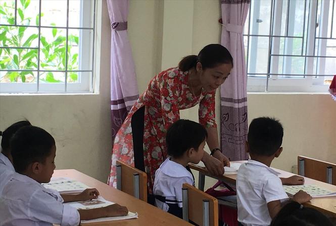 Giáo viên, học sinh Trường tiểu học Sơn Hà, xã Quan Sơn, Thanh HóaẢnh: Nghiêm Huê