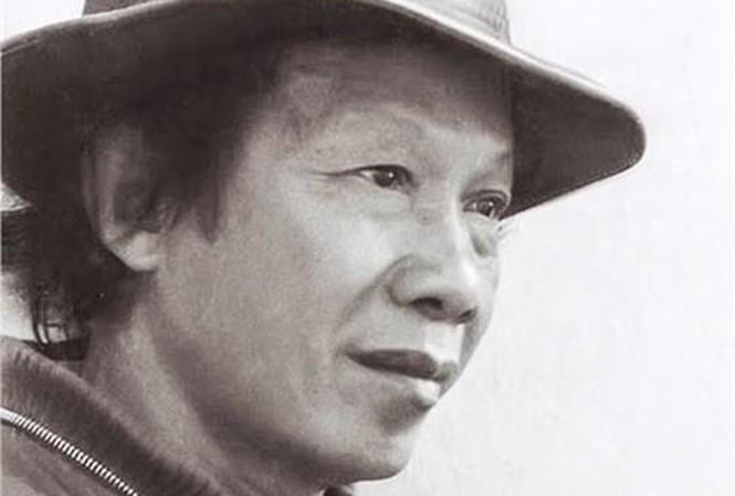 Nhà thơ Thu Bồn