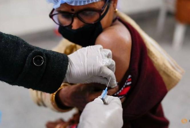Từ 16/1, Ấn Độ sẽ bắt đầu tiêm chủng vắc xin COVID-19 cho toàn dân.
