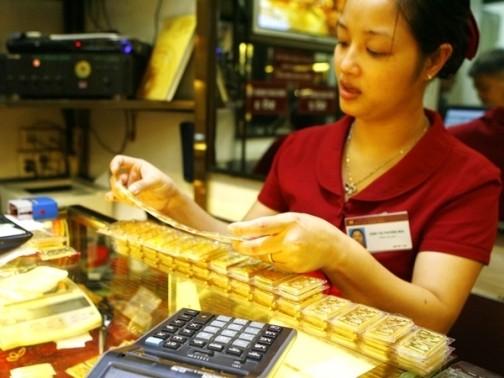 Giá vàng SJC chững lại theo giá vàng thế giới