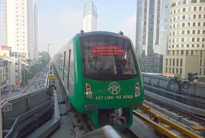 Đường sắt Cát Linh - Hà Đông vẫn chưa hẹn ngày về đích.