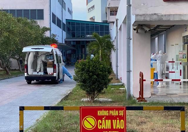 Bệnh nhân 523 sau 4 lần xét nghiệm có kết quả âm tính với SARS-CoV-2 vẫn chưa thể về nhà tại Quảng Nam, do nơi ở bị phong tỏa. Bệnh nhân này tiếp tục phả ở lại Bệnh viện T.Ư Huế (cơ sở 2).
