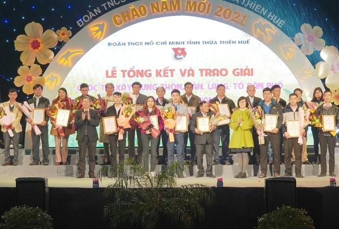 """20 tập thể xuất sắc trong triển khai cuộc thi """"Xây dựng thôn, bản, làng, tổ dân phố xanh - sạch - sáng năm 2020"""" tỉnh TT-Huế."""