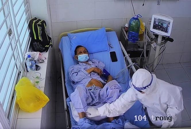 Bệnh nhân 1405 đang được điều trị tại Bệnh viện Đa khoa Trung ương Quảng Nam. Ảnh BV.