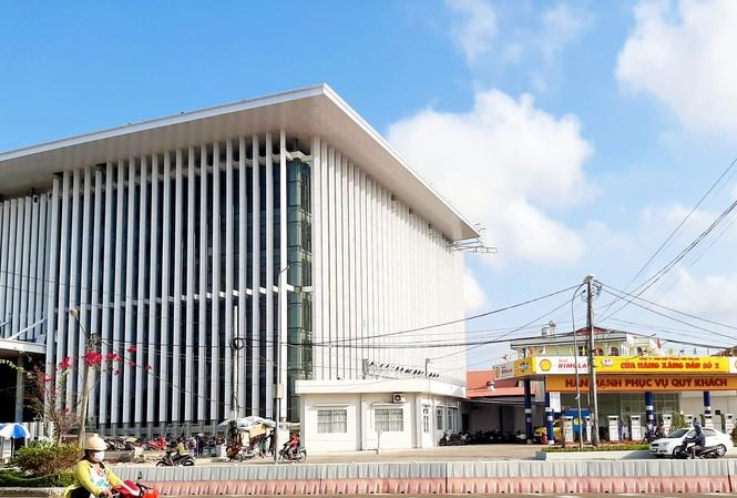 Tỉnh Cà Mau không cho tồn tại cây xăng cạnh trụ sở UBND
