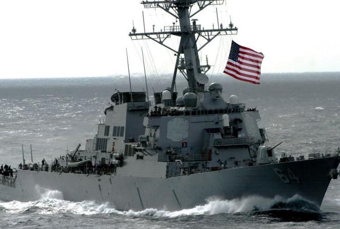 Tàu khu trục tên lửa dẫn đường USS Carney của Mỹ. Ảnh: Sputnik
