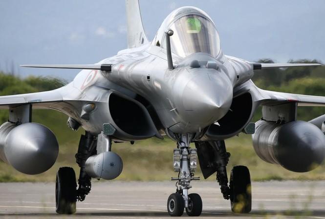 Máy bay chiến đấu Dassault Rafale. Ảnh: Aatish Pillai