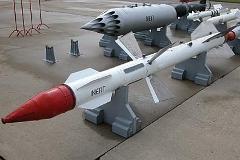 Tên lửa không đối không R-27 là một phần trong hợp đồng mua sắm quân sự của Ấn Độ
