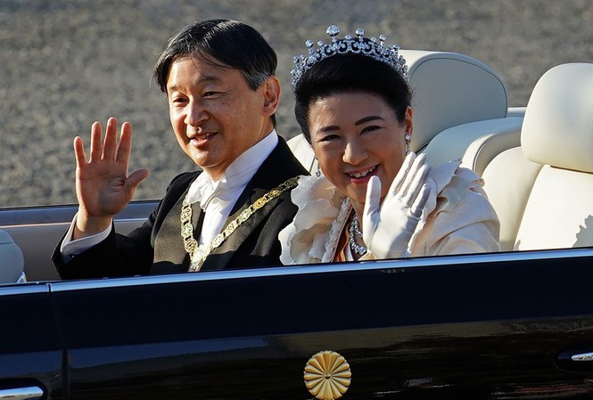 Hoàng đế Nhật Bản Naruhito và Hoàng hậu Masako. Ảnh: AP