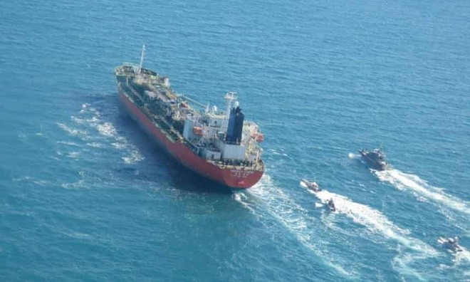 Hàn Quốc điều tàu chống cướp biển đến vịnh Ba Tư sau khi tàu chở dầu bị Iran bắt giữ