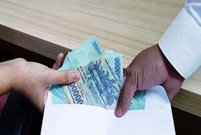Tạm giam một phóng viên có hành vi cưỡng đoạt 20 triệu đồng