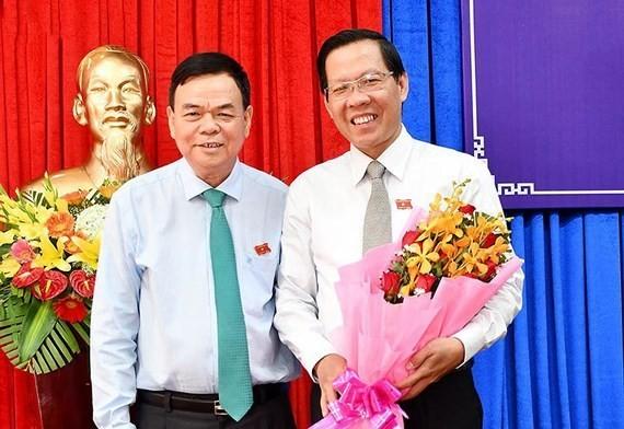 Ông Võ Thành Hạo và ông Phan Văn Mãi. Ảnh chinhphu.vn