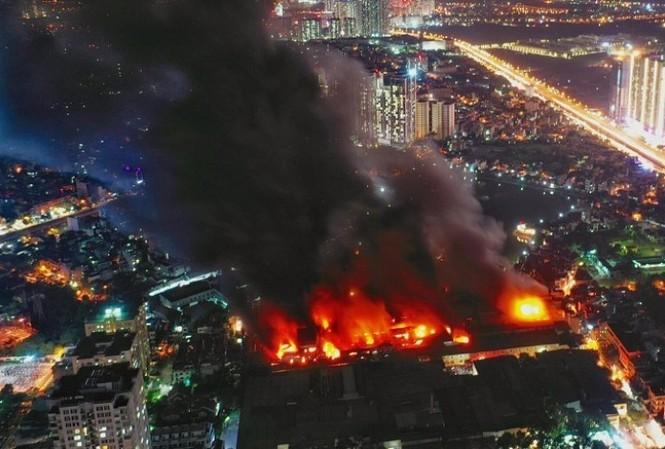 Đại biểu Quốc hội đề nghị khởi tố vụ án sau vụ cháy Rạng Đông