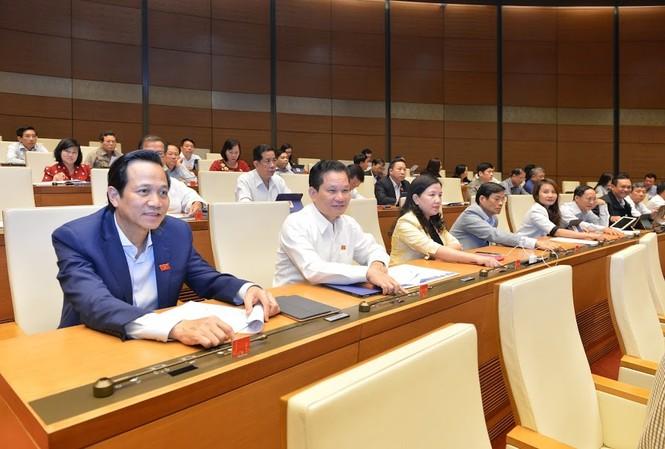 ĐBQH ấn nút thông qua dự thảo nghị quyết