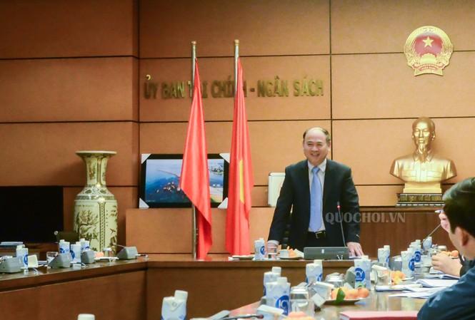 Ủy ban Tài chính – Ngân sách họp thẩm tra báo cáo công tác của Kiểm toán nhà nước. Ảnh: QH