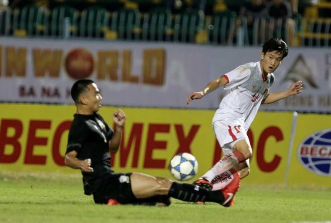 U21 Việt Nam thua đau Thái Lan ở trận ra quân