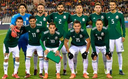 Tuyển thủ Mexico mở tiệc thác loạn trước thềm World Cup