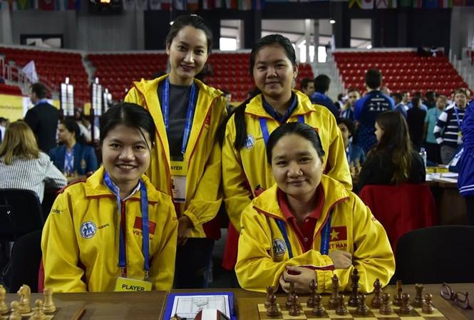 Cặp vợ chồng kỳ thủ giải cứu cờ vua Việt Nam ở Olympiad