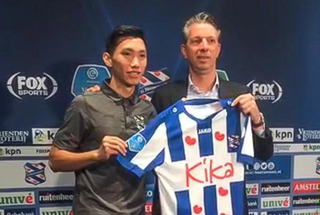 Văn Hậu nói gì khi ra mắt đội bóng Hà Lan?