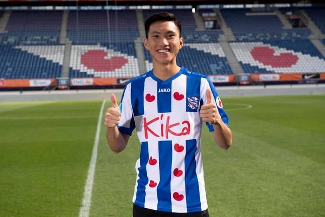 HLV SC Heerenveen khen ngợi, Văn Hậu sáng cửa ra sân?