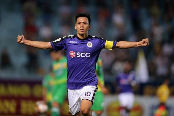 Vì sao Văn Quyết trượt giải 'Cầu thủ hay nhất V-League 2019'?