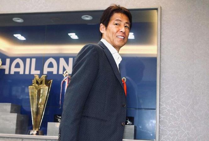 Nhận 'núi tiền', HLV Nishino sẽ đưa Thái Lan dự World Cup 2026?