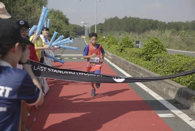 Tiền Phong Marathon: 4 runner nhí của CLB chạy bộ trẻ em mồ côi Elite tranh tài