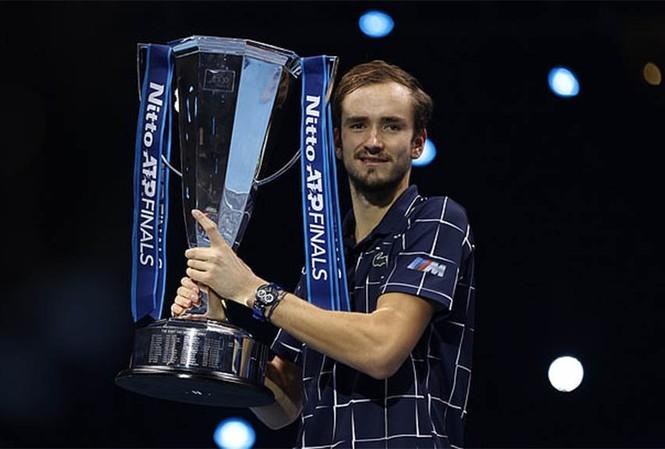 Medvedev vô địch ATP Finals: Xứng danh quân vương