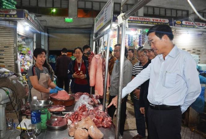 Đà Nẵng: Lãnh đạo thành phố xuyên đêm kiểm tra đột xuất ATTP cận Tết