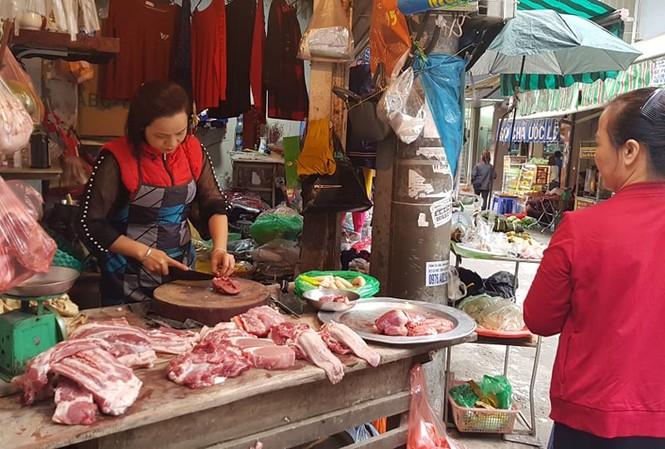 Giá thịt lợn vẫn đang trong vòng xoáy tăng giá