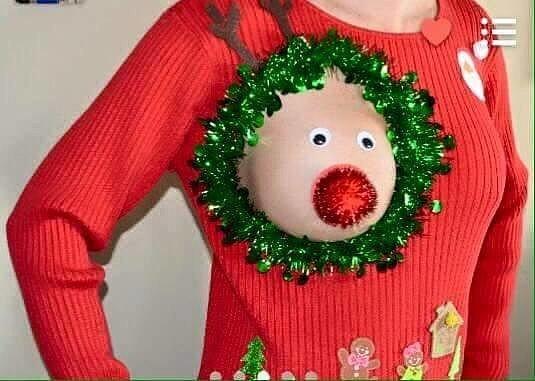 Xuất hiện áo len 'đặc chủng' cho mẹ bỉm sữa dịp Noel