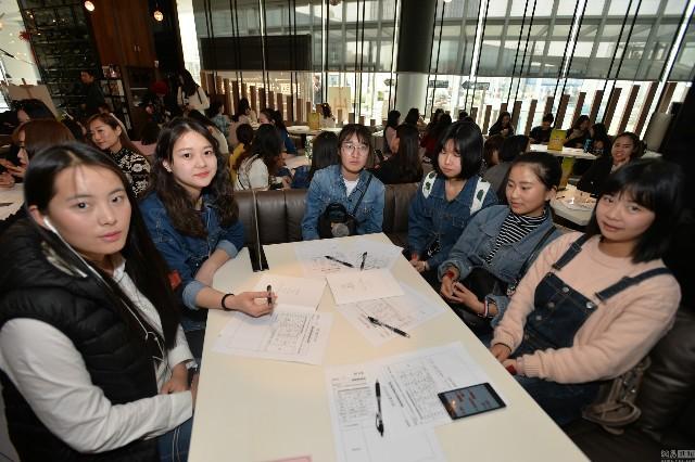 Thông tin về việc một tỉ phú Dubai đang cần tìm bạn đời đã nhanh chóng thu hút sự quan tâm của nhiều phụ nữ ở Thành Đô (Trung Quốc).