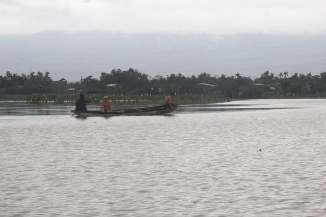 Nước lũ dâng cao tại huyện Đại Lộc.