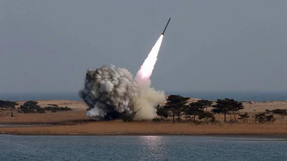 Một vụ phóng tên lửa của Triều Tiên. Ảnh: Reuters