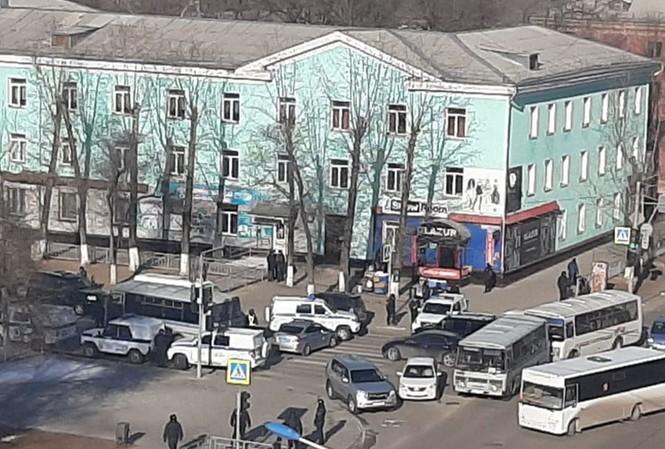 Toà nhà nơi xảy ra vụ tấn công. Ảnh: Sputnik